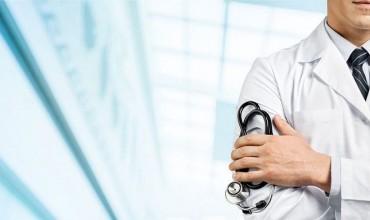 Средняя зарплата врачей за апрель составила порядка 500 долларов