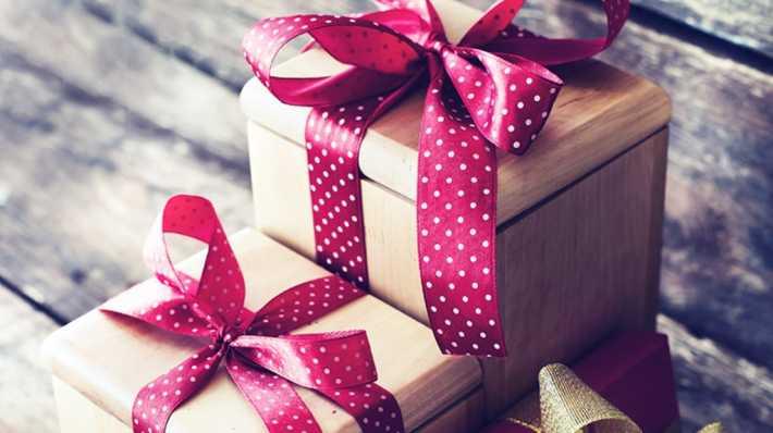 Картинки по запросу ненужные подарки